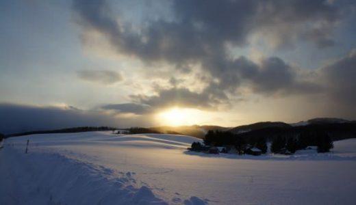 冬の美瑛・富良野の風景。果てしなく広がる雪原と山々に感動!