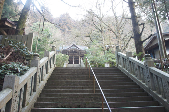 Pilgrimage to the 88 temples of shikoku by car 3