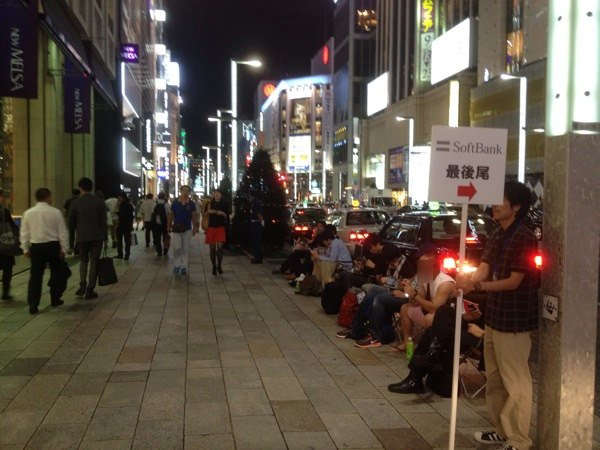 apple-store-ginza-realtime-report-201309-18