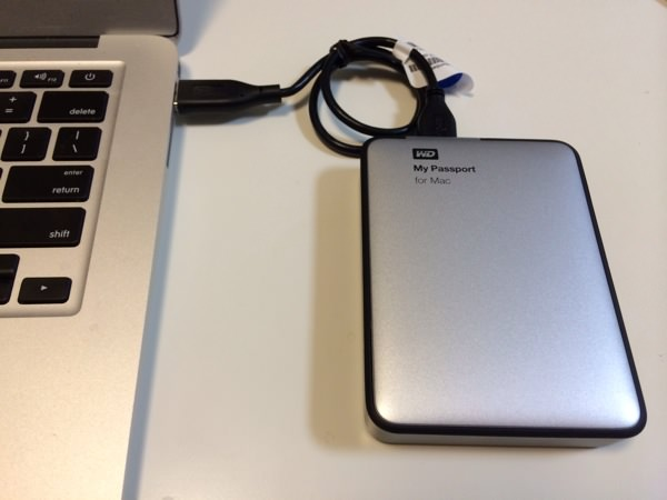 2TBのHDD、My Passport for Macがコンパクト軽量