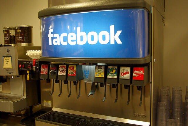 Facebook unfollow title