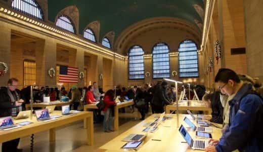 100年の歴史を持つ駅の内部に一体化した、グランドセントラルのアップルストア(Grand Central Apple Store)が凄かった