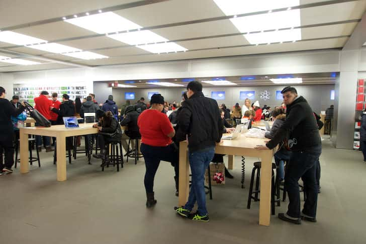 New york fifth avenue apple store 6