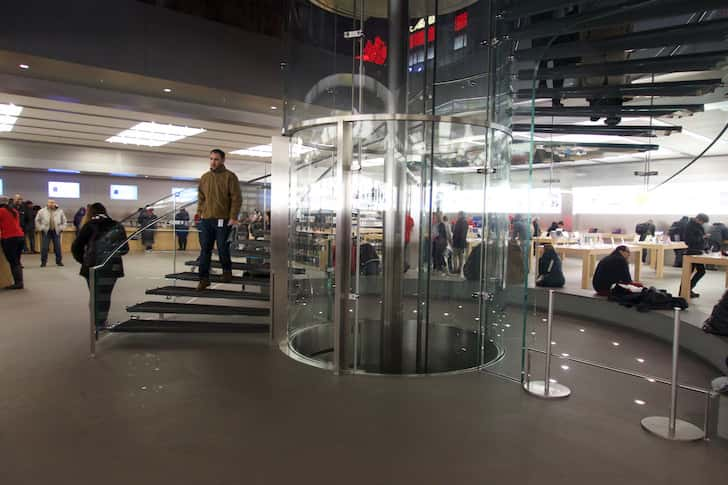 New york fifth avenue apple store 7