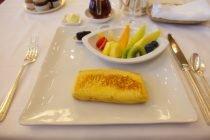 hotel-okura-french-toast-10.jpg