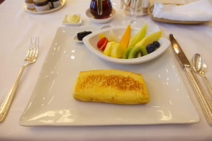 Hotel okura french toast 10