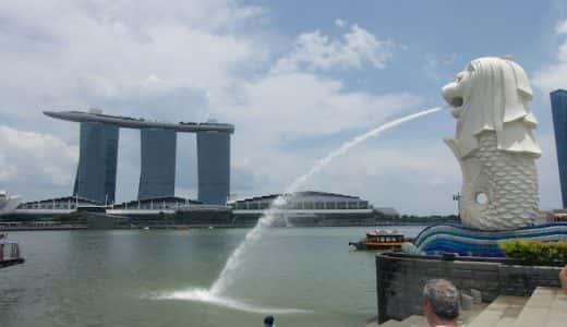 シンガポールのマーライオンは世界三大がっかり観光地の1つ?んなことないよ楽しいよ。