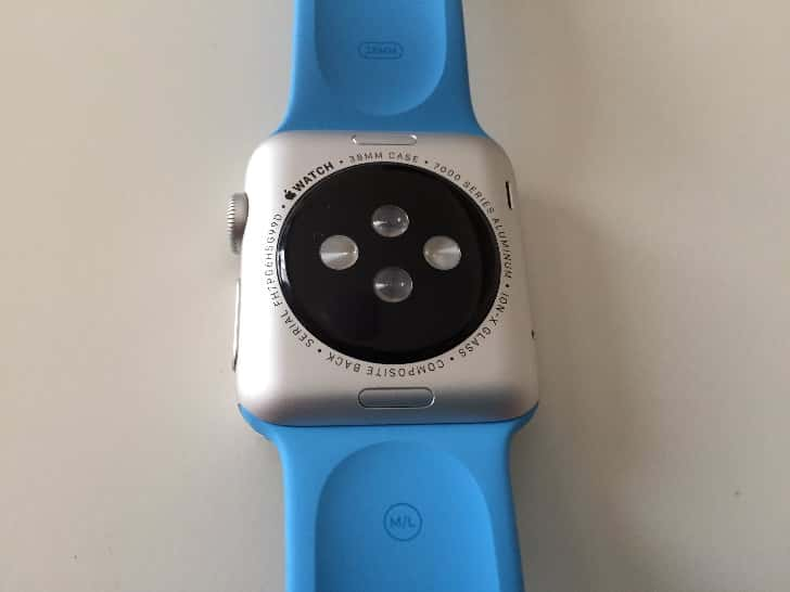 Change apple watch band 1
