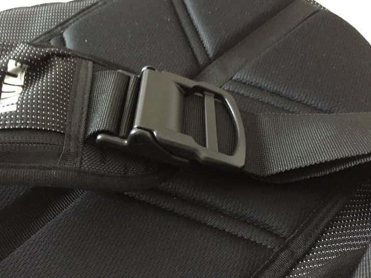 Thule crossover sling pack 16