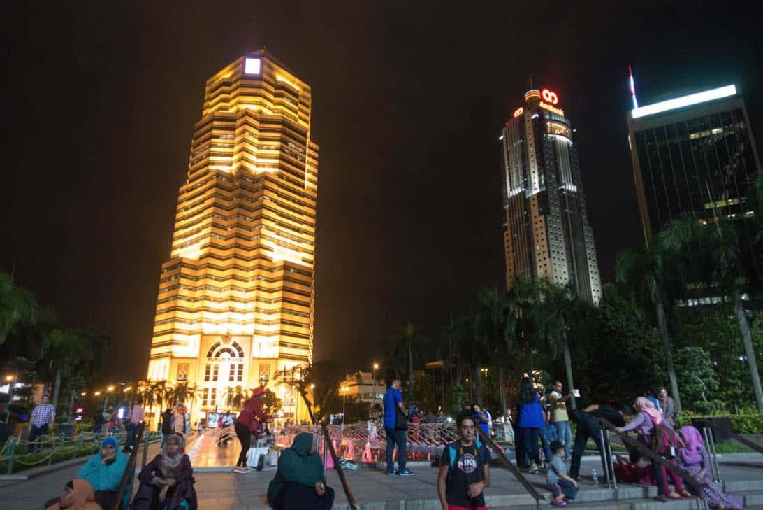 Petronas twin towers 11