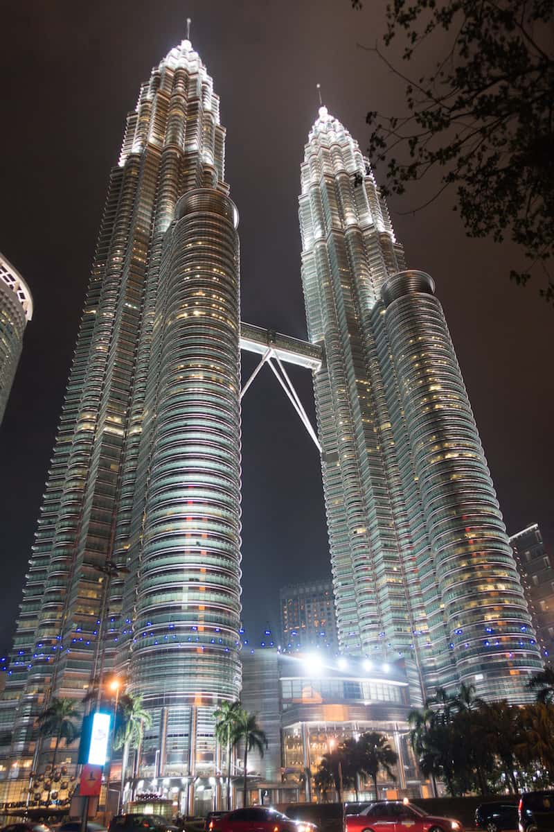 Petronas twin towers 13