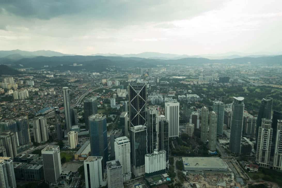 Petronas twin towers 24