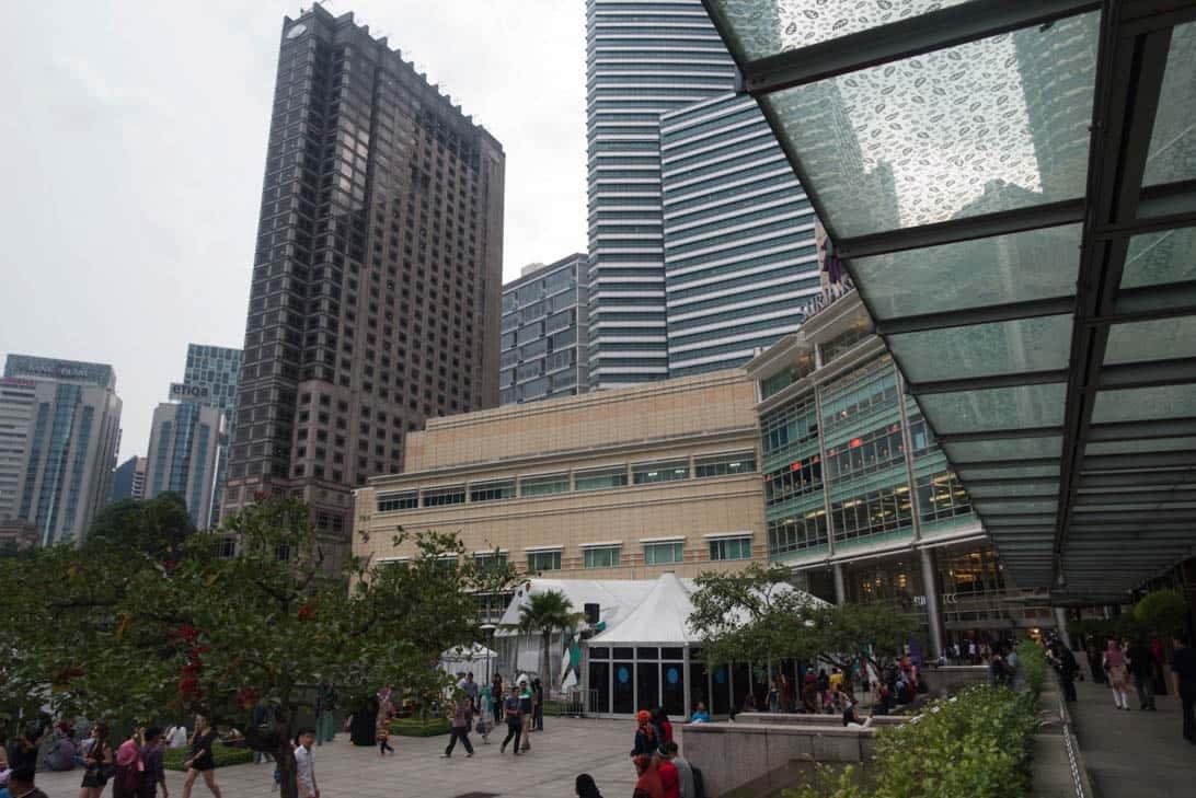 Petronas twin towers 27