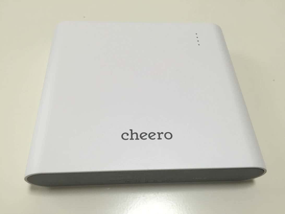 Cheero power plus 3 macbook 4