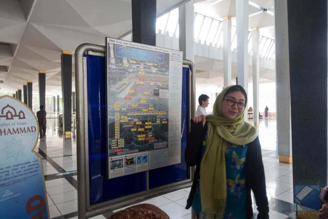 Mosque tour 24