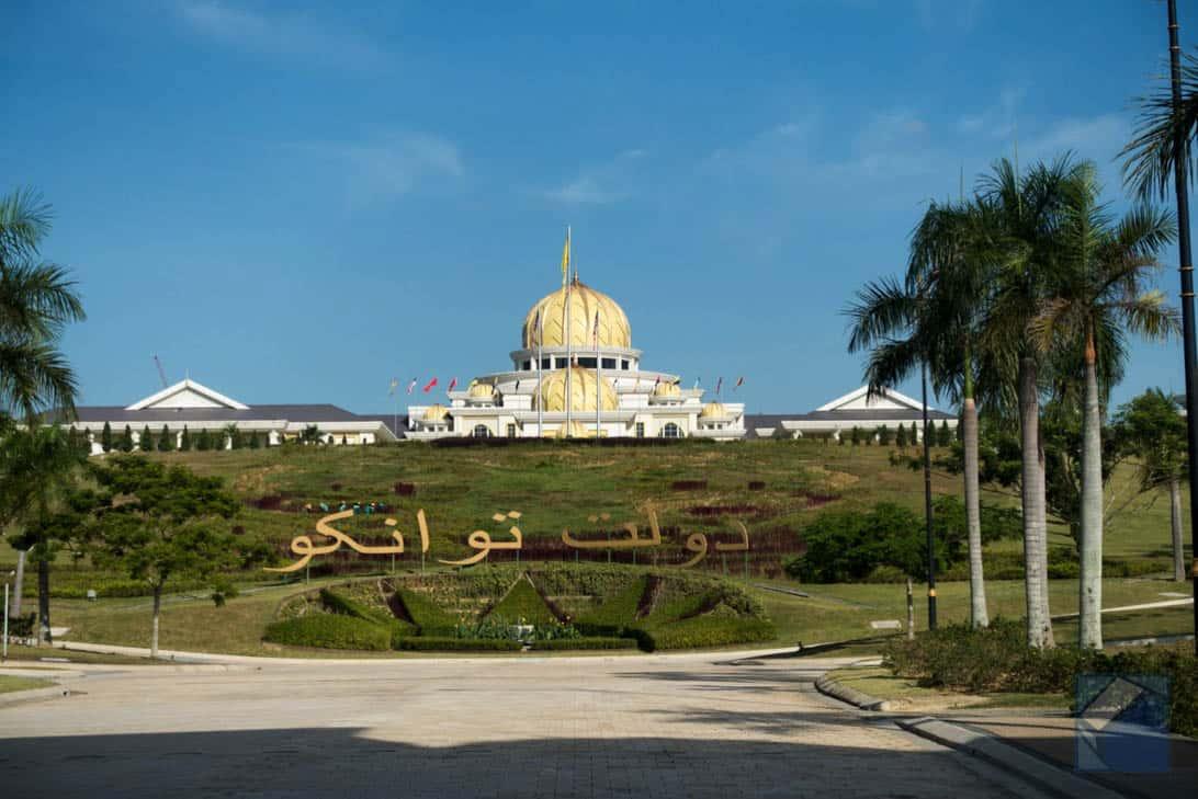 Mosque tour 6