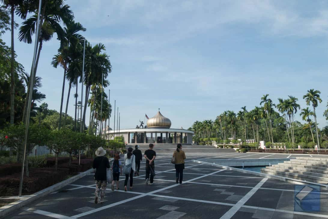 Mosque tour 8