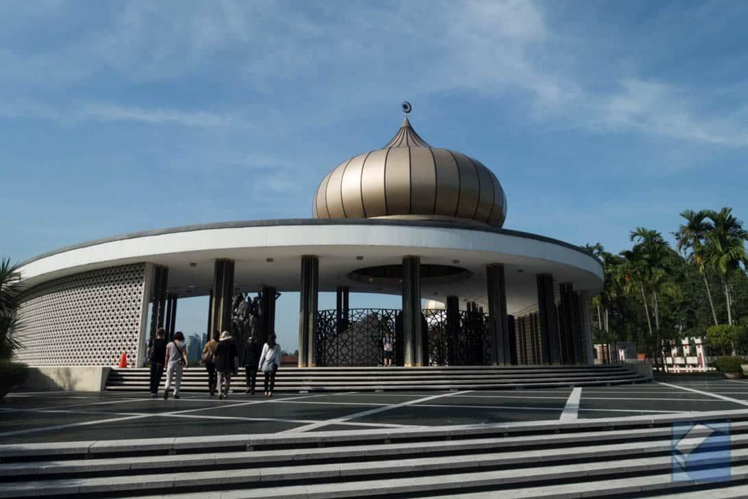 Mosque tour 9