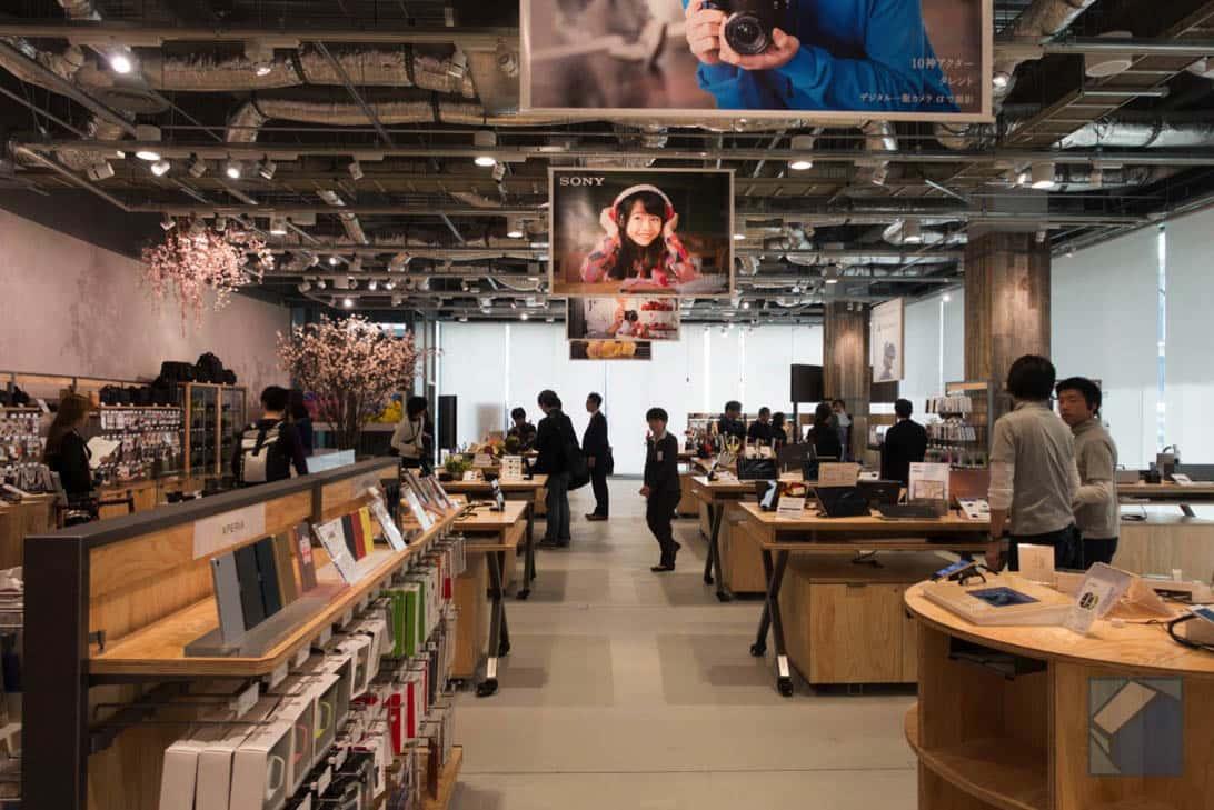 Sony store fukuoka tenjin 12