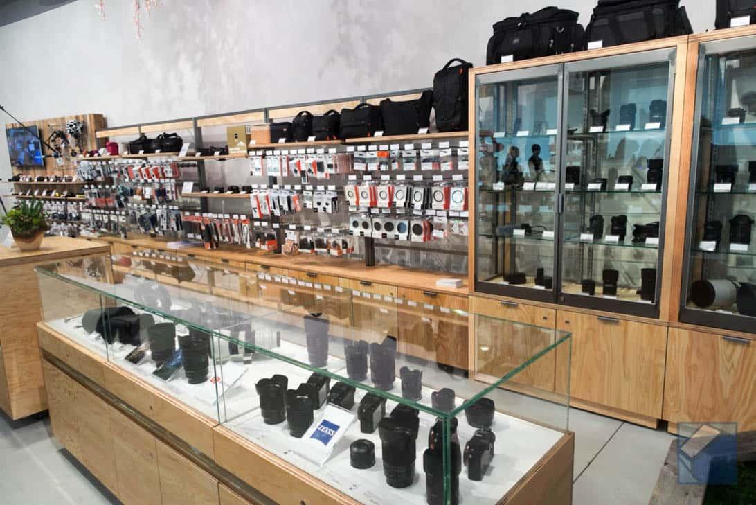 Sony store fukuoka tenjin 8