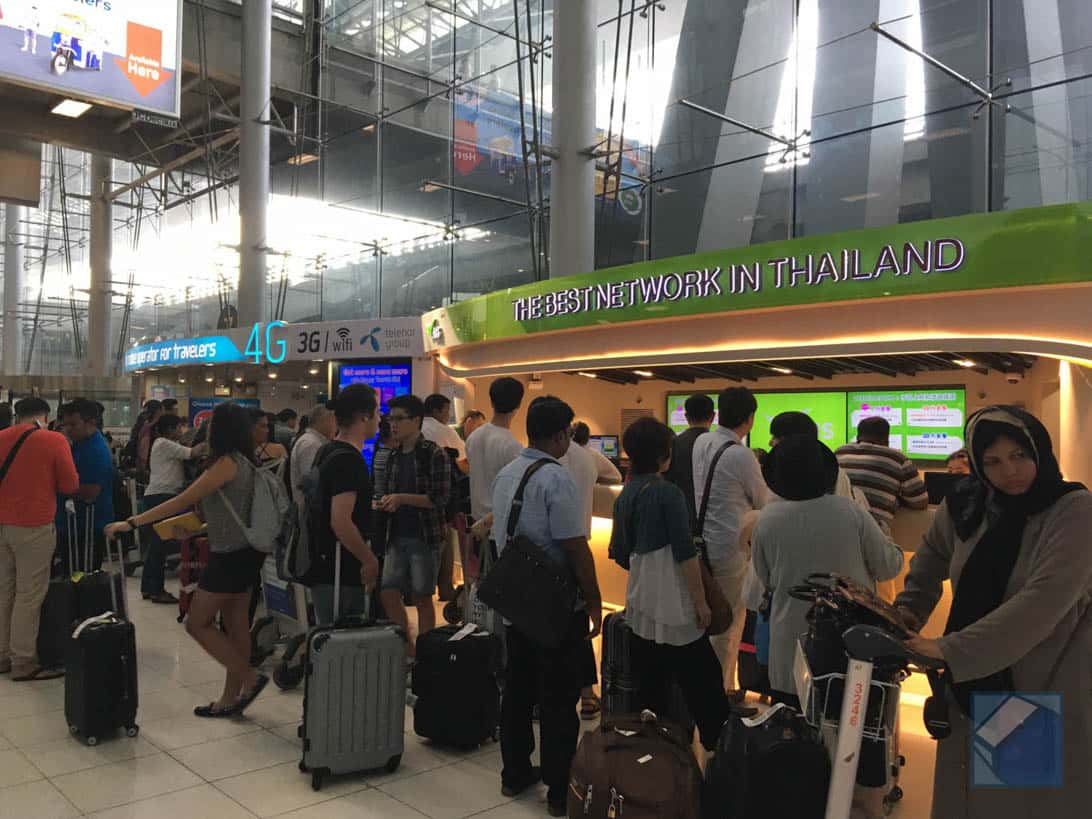 Suvarnabhumi airport sim money exchange 5