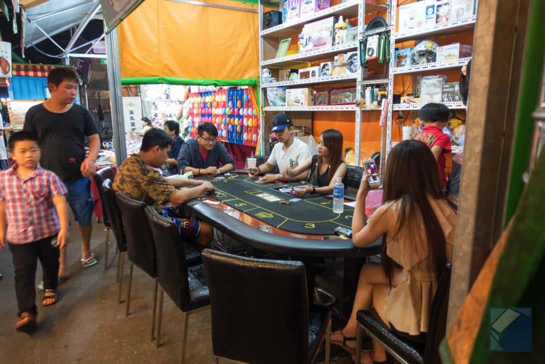 Ruili night market 25
