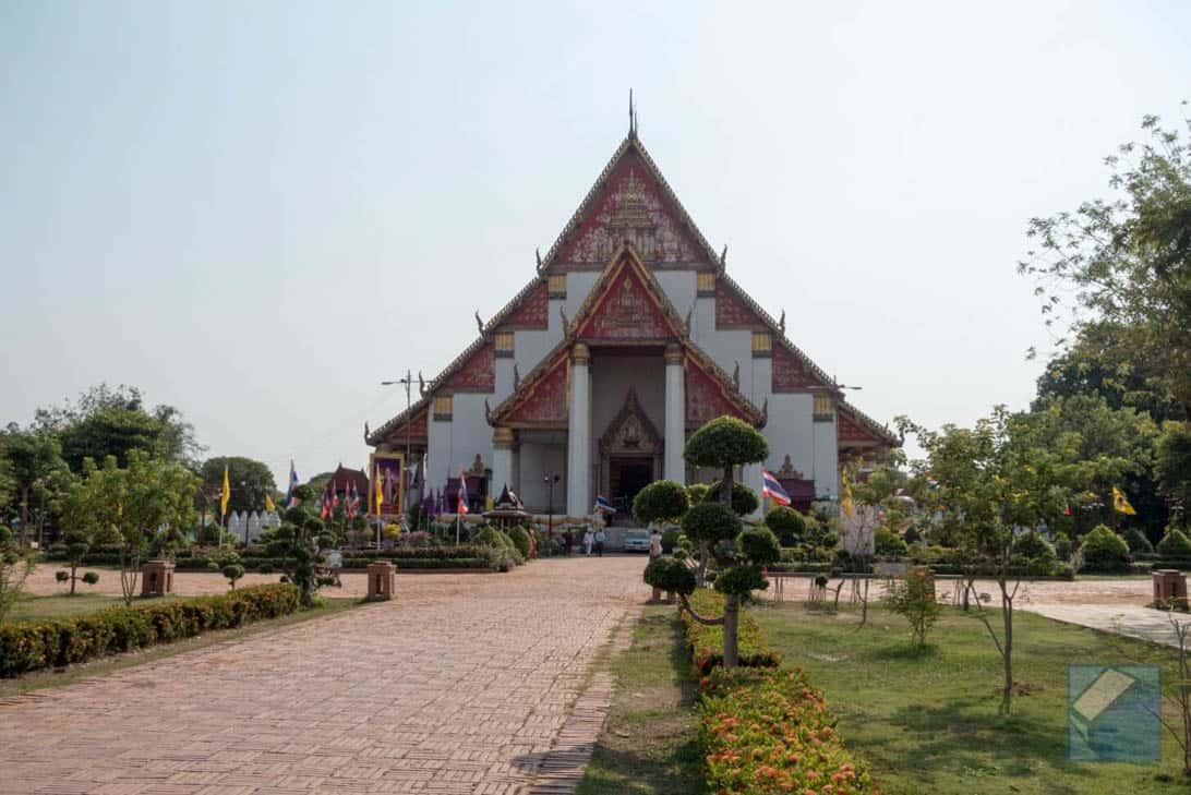 Ayutthaya ruins thailand 37