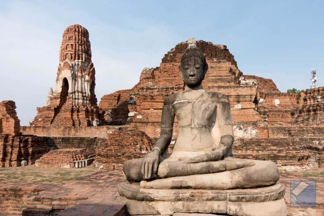 Ayutthaya ruins thailand 49