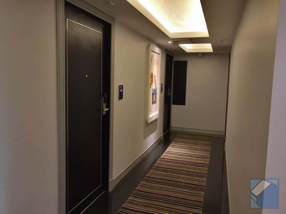 Hotel clover asoke 4