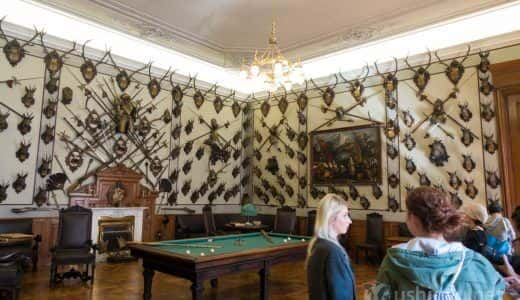 チェコの世界遺産「クロムニェジーシュの庭園と城」映画アマデウスでも使われた部屋とインテリアはインパクト大