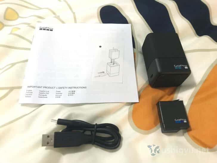 GoPro HERO5 デュアルバッテリーチャージャーと予備バッテリーのセット