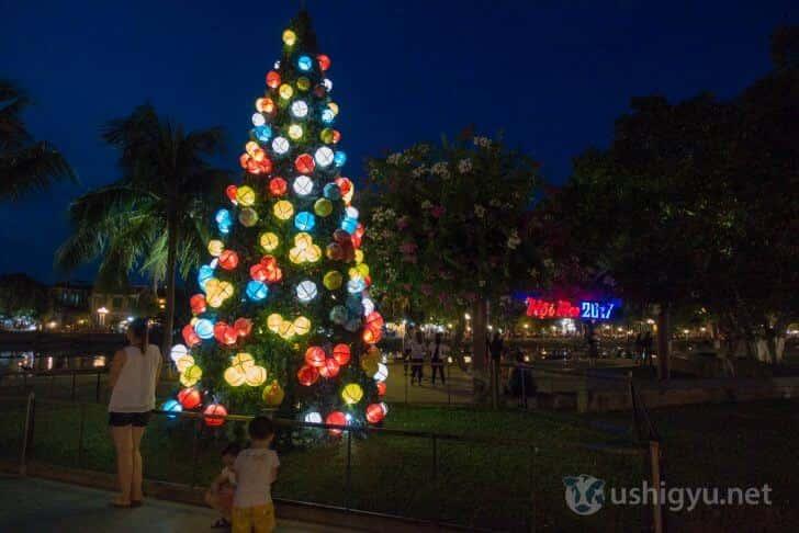 ホイアンのランタンクリスマスツリー
