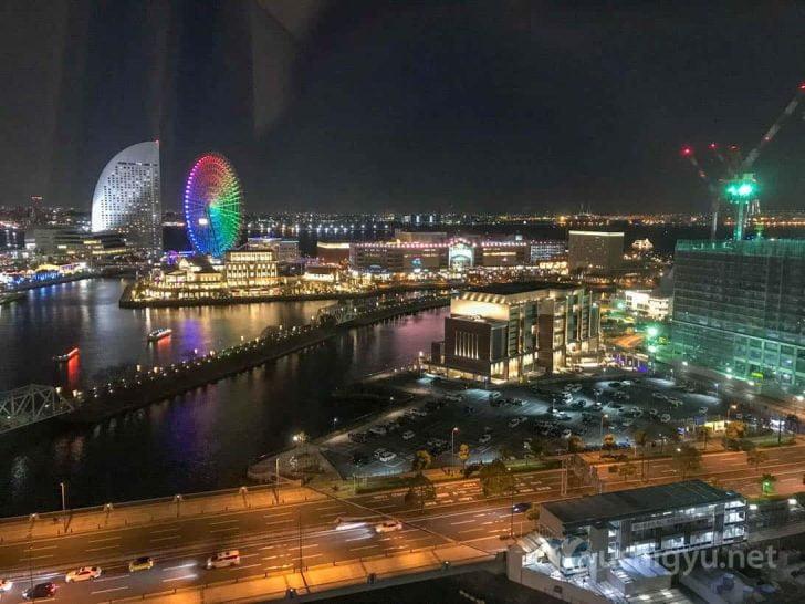 横浜桜木町ワシントンホテル:部屋からの夜景
