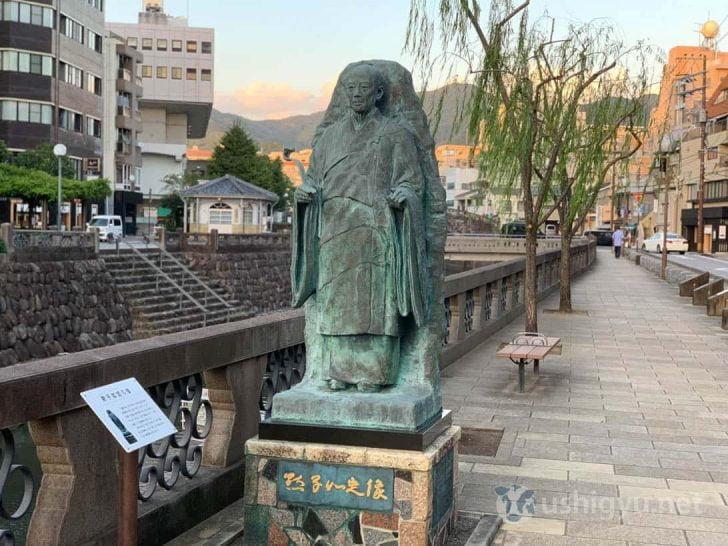 iPhoneポートレートモードで長崎のとある像を撮影