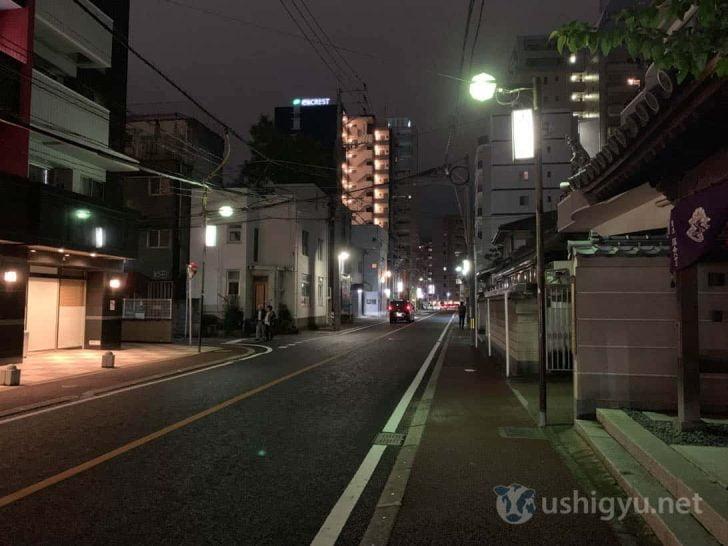 iPhone XS通常撮影(夜の路上)