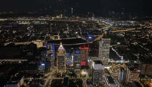 iPhone 11ナイトモードとPixel 3a夜景モードを、台北101展望台からのガチ夜景写真で比較してみた