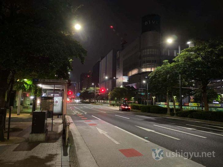 夜の市街地_iPhone 11