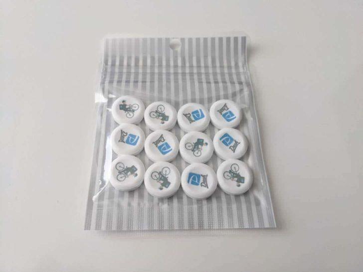 PayPayダッシュのロゴと配達員さんが印刷されたラムネ