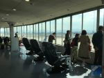 主にLCCが利用する、福岡空港第1ターミナルをご案内。おすすめのお土産は?意外な休憩スペースとは?