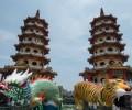 台湾・高雄市のパワースポット、蓮池潭の「龍虎塔」これが本当のタイガー&ドラゴン!